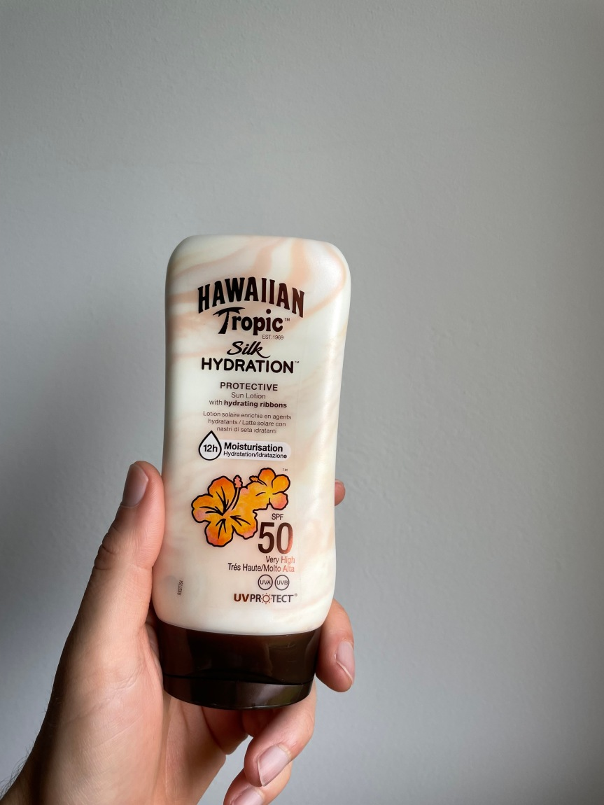 REVIEW: Silk Hydration – HawaiianTropic